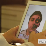 AR Magic Mirror, 1ère application de réalité augmentée sur iPad 2
